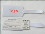 Plastic lock luggage tag
